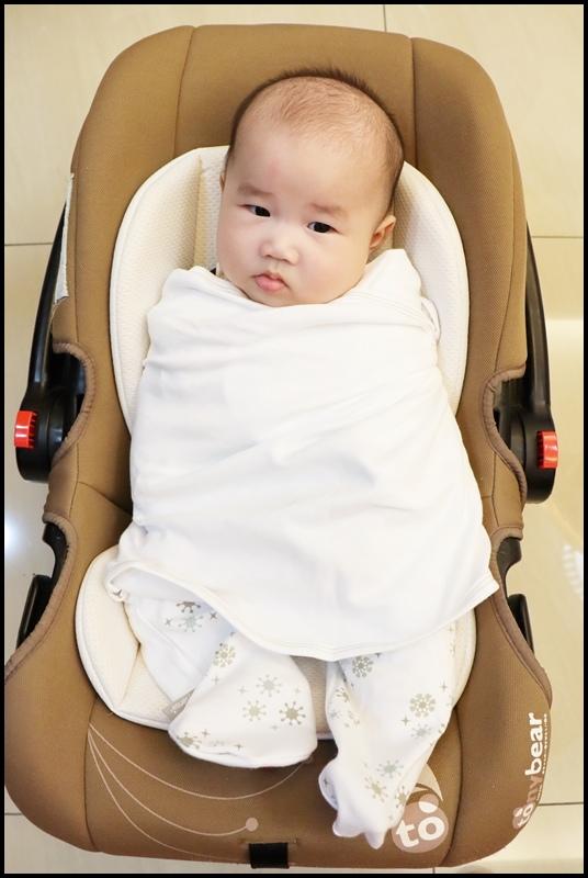 BabySense體感寶貝 車用舒眠包巾13.JPG