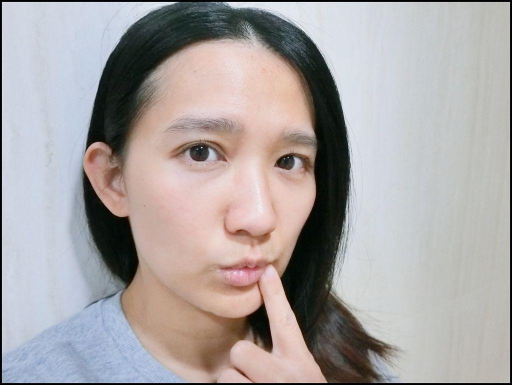 JNL日本天然物研究所胎盤素唇部精華液2-2.JPG