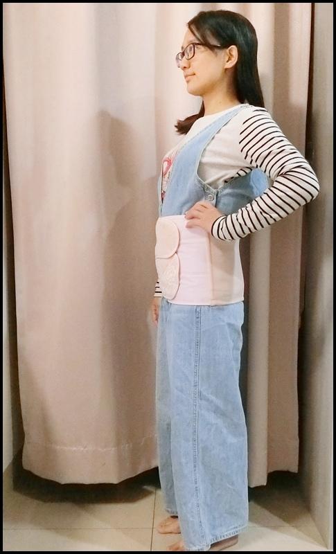 Combi蕾絲產後束腹帶20.JPG