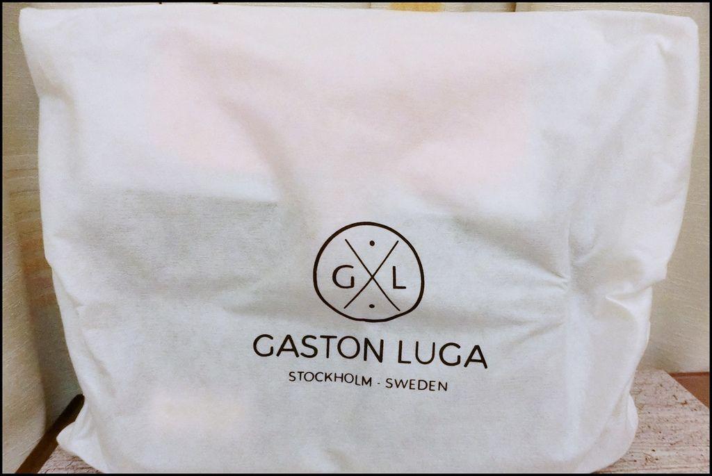 GASTON LUGA2-2.JPG