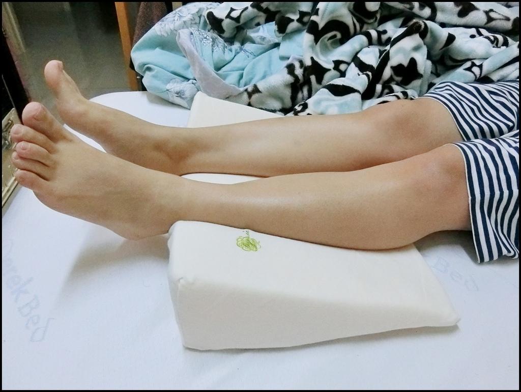VE孕婦側睡托腹枕14.JPG