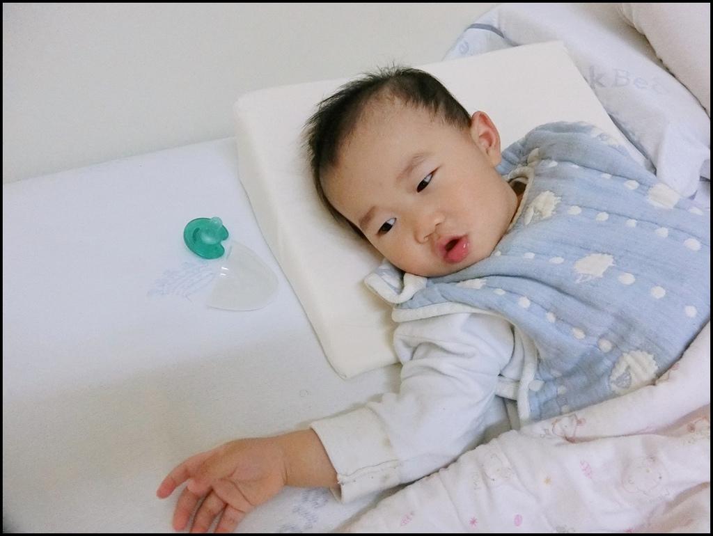 VE孕婦側睡托腹枕20.JPG