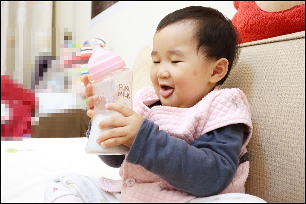 PUKU倍特曲線寬口玻璃奶瓶9.JPG
