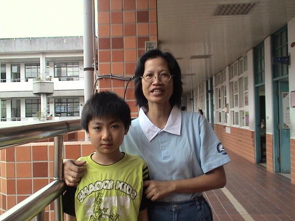 http://f8.wretch.yimg.com/rachel0117r/13/1922073301.jpg