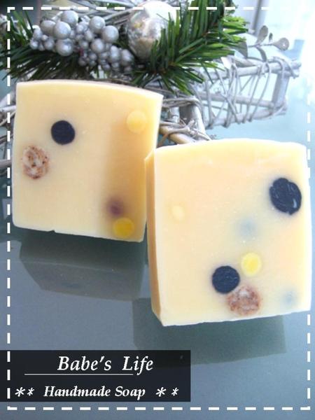 No72 小麥胚芽蘆薈皂1