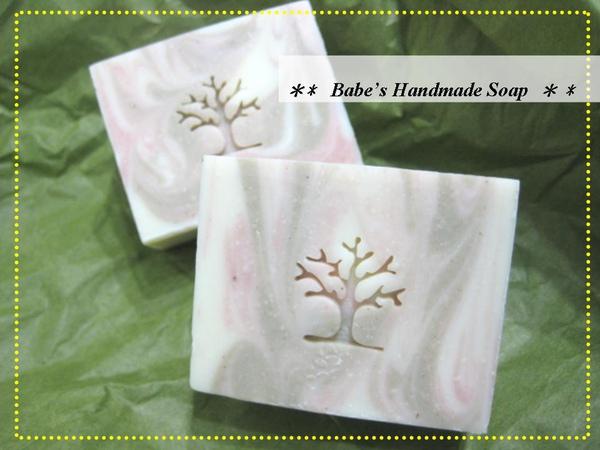 Ruby訂製皂-蜜桃草莓皂1