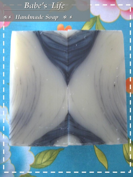 No90 茶樹碳洗髮皂(涼版)1