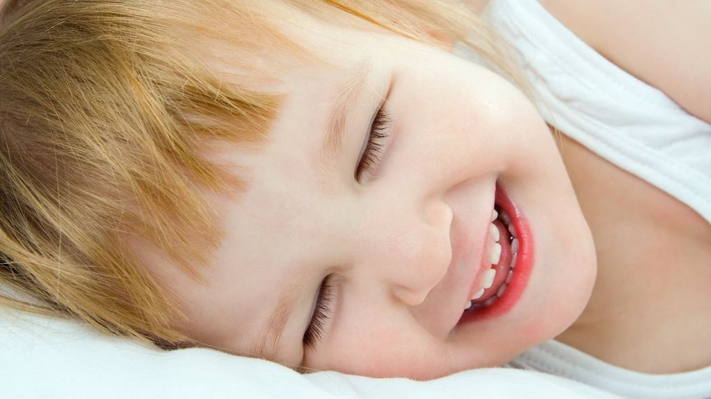 54985_wallpapers-laughter-children-happiness-girl-kids_1366x768