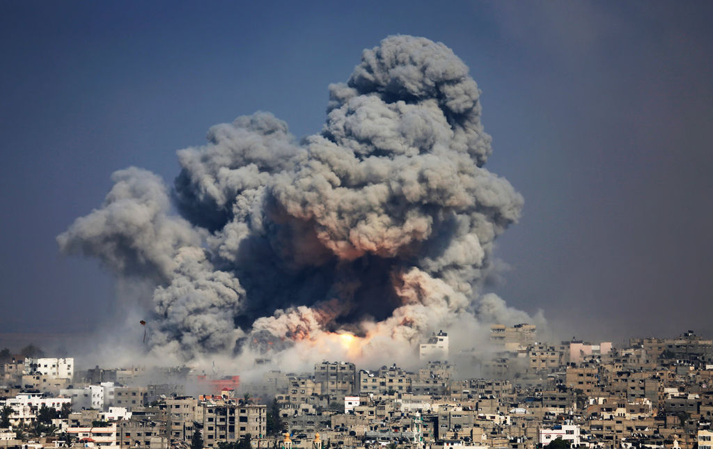 gaza_bomb_israel_AP_img