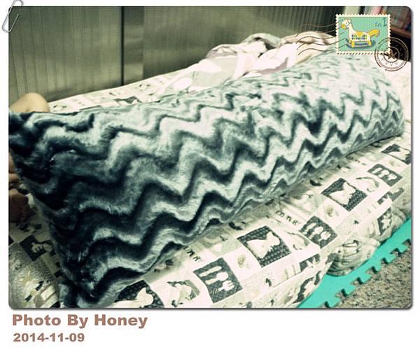 HH絲光柔絨波紋長抱枕40x120cm 爵士灰色