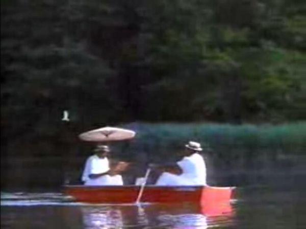 兩大中鋒泛舟