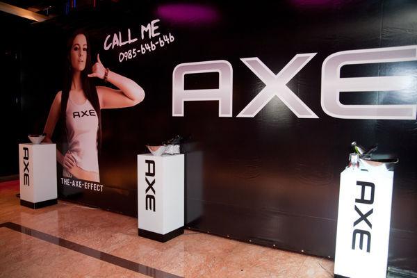 AXE 瘋狂果凍摔角003.jpg