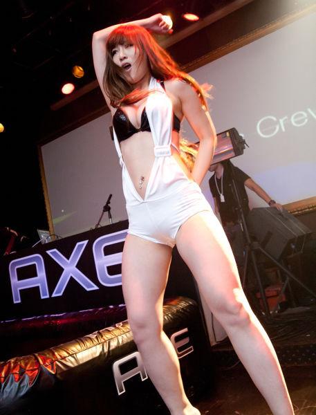 AXE 瘋狂果凍摔角048.jpg