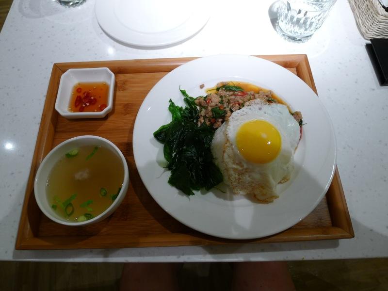 Dazzling Thai Café07.jpg