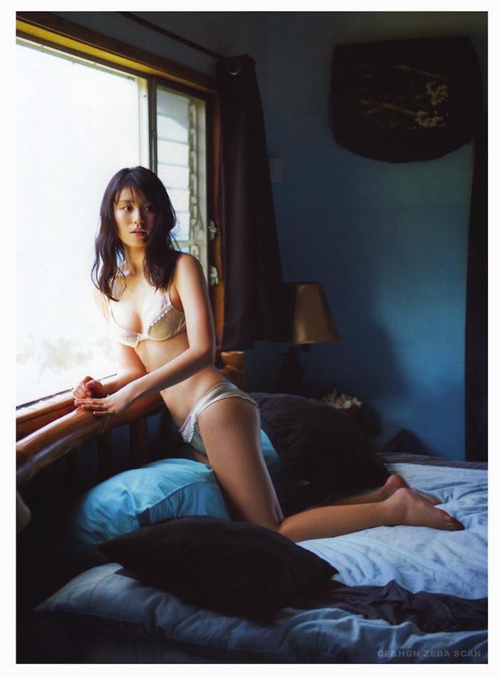 本假屋唯香  本仮屋ユイカ01.jpg