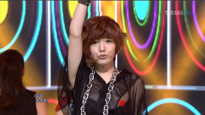 T-ara花英露點走光