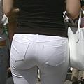 白褲下的內褲痕 007