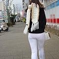 白褲下的內褲痕 018