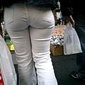 白褲下的內褲痕 029