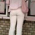 白褲下的內褲痕 059