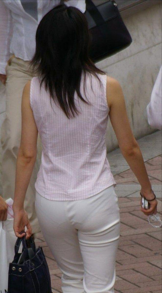 白褲下的內褲痕 097