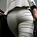 卡其褲內褲痕 218