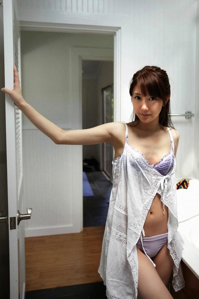 紫胸罩 30