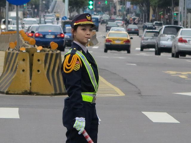超萌交通警花  (新北市交通大隊「亮點計畫」特別培訓的女警花)