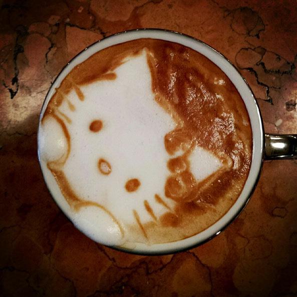 Hello Kitty 咖啡拉花