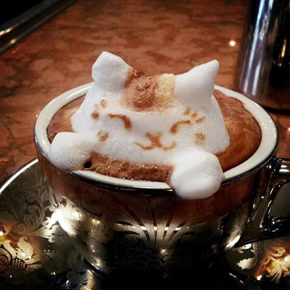 3D咖啡拉花:山本員揮的拿鐵藝術 02