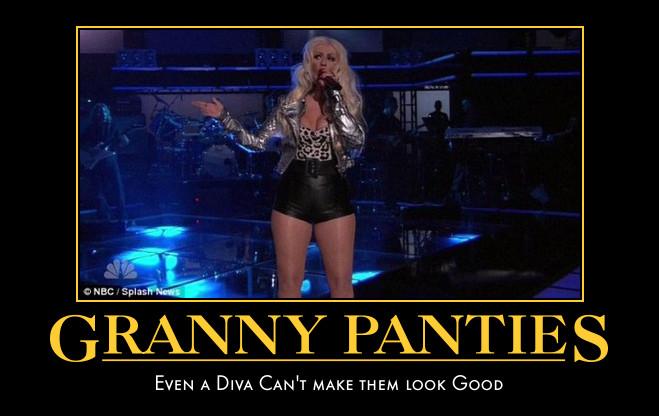 Christina Aguilera Granny Panties 阿嬤內褲