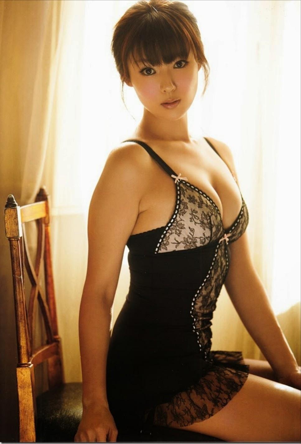 深田恭子 黑色內衣