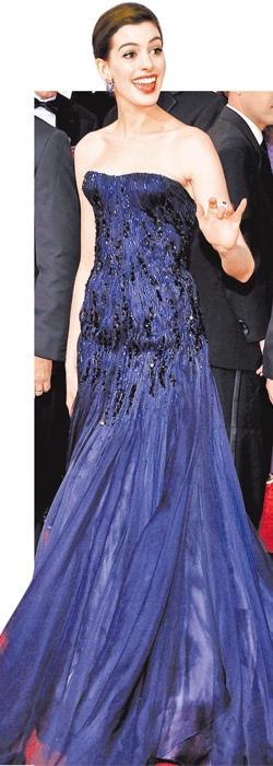 水晶衣 安·海瑟薇 Anne Hathaway