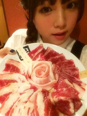 肉食女子部 篠崎愛
