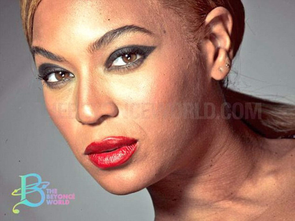 beyonce-untouched-loreal-01
