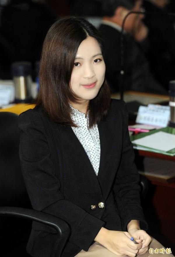 徐巧芯:遇見100%政大學妹