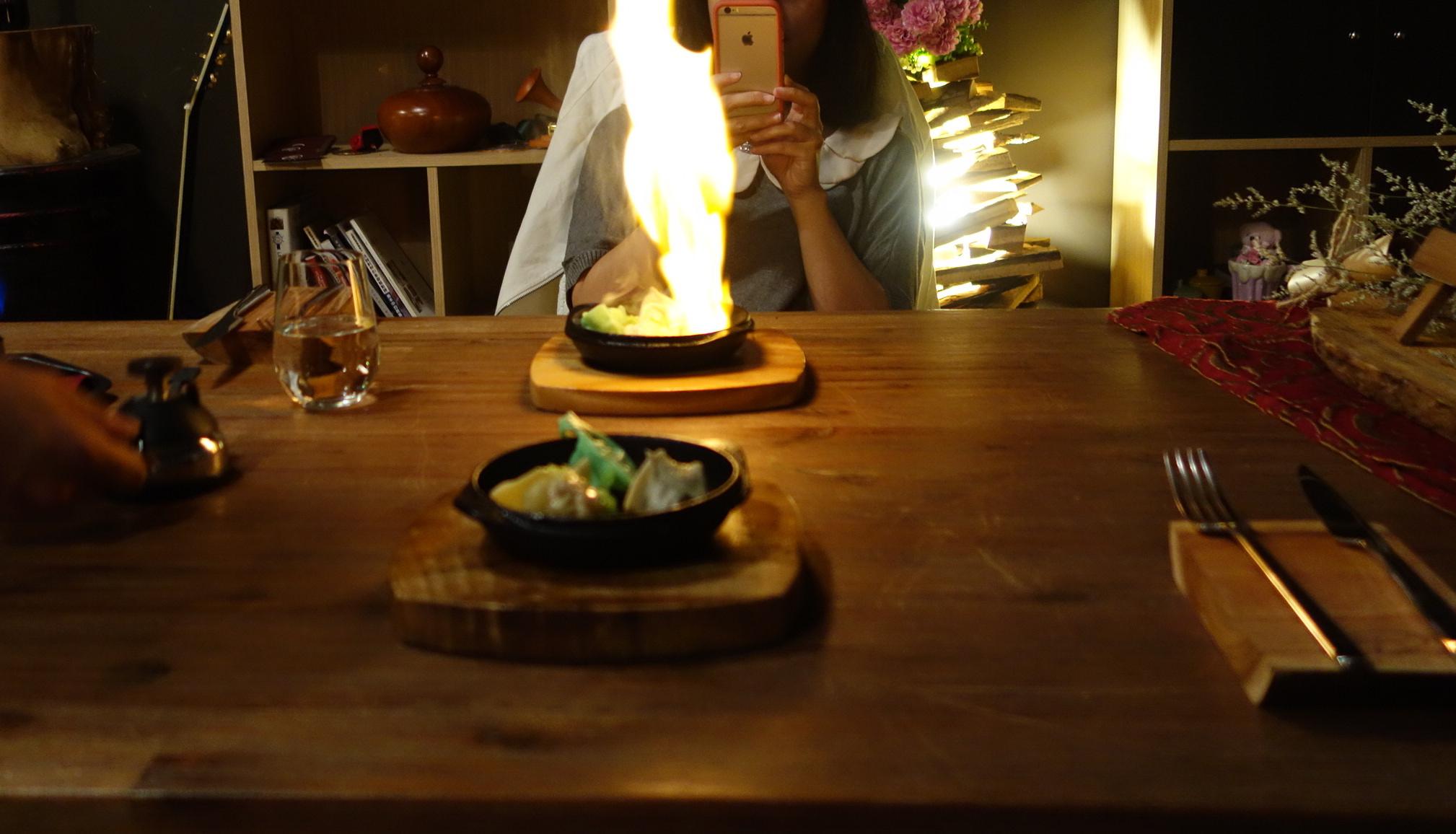 和女神的晚餐