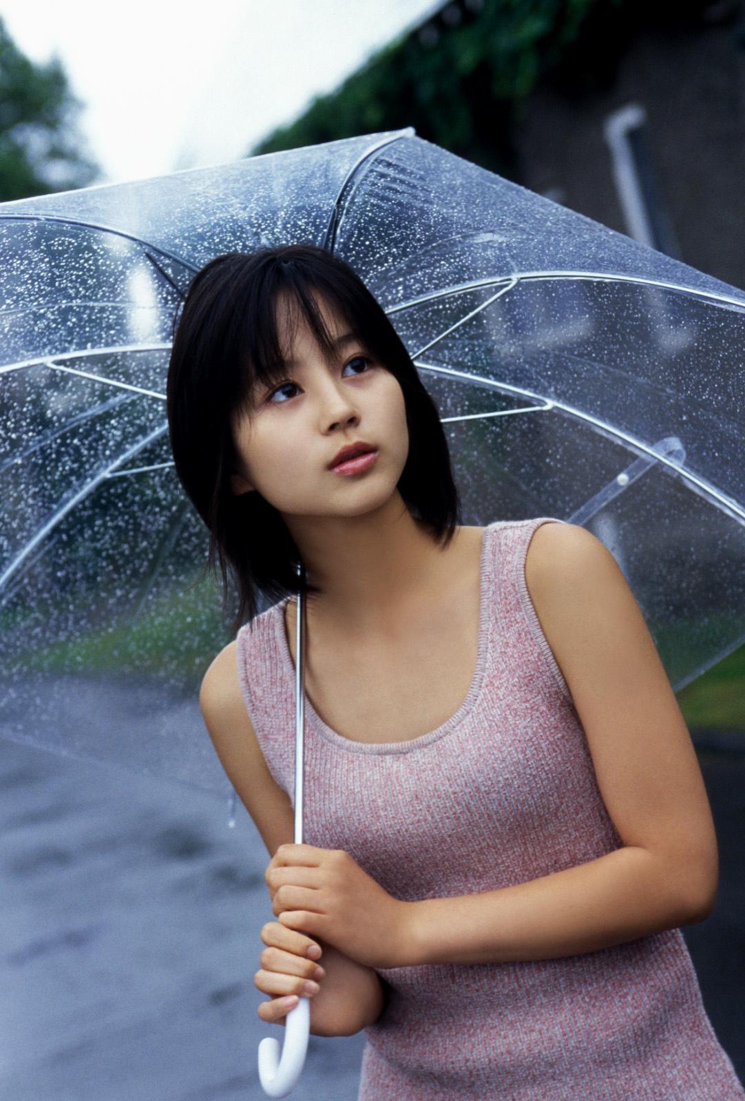 堀北真希 雨傘