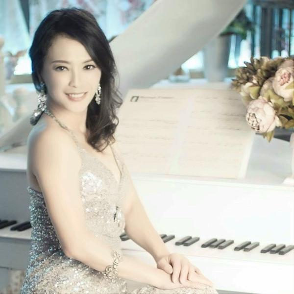 Pamela Yang