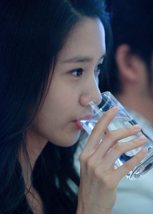 如人飲水 冷暖自知