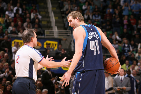56e26ef4d34fd56eae82c6d8a0ecf9c5-getty-82992818mm008_mavs_jazz.jpg