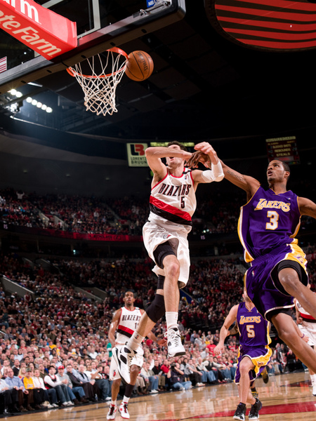 e8dfca40b91c946bd4bbcc26ef41b7ab-getty-82992412sf016_lakers_blazers.jpg