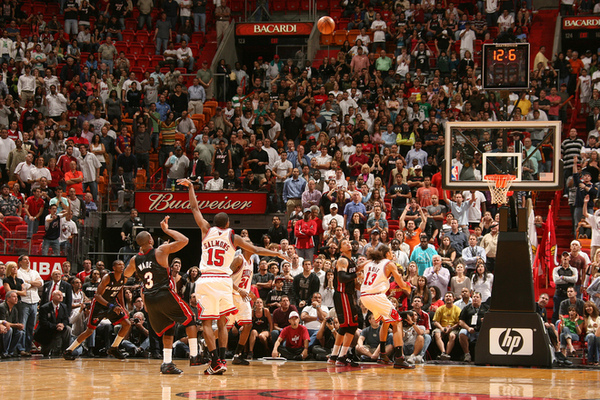 841f99d292002eec82028307b3f30a2a-getty-82992436vb016_bulls_heat.jpg