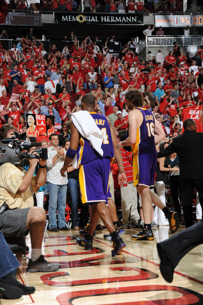 1c9b8118795020d724f3d4242fdcb039-getty-86316921adb037_lakers_rockets.jpg