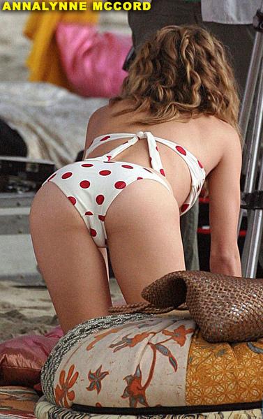 annalynne-mccord-bikini-ass01.jpg