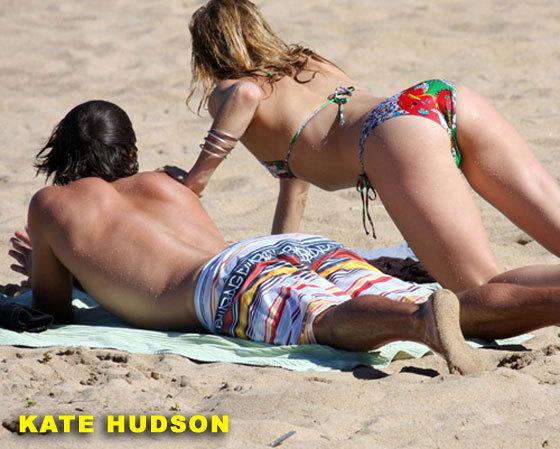 kate-hudson-bikini-ass01.jpg