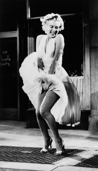 Marilyn-Monroe-pb01.jpg