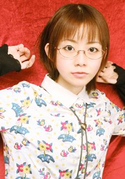 kadowaki_ura.jpg