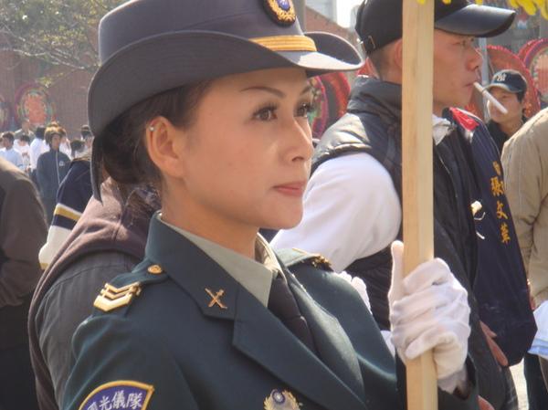 女兵57.bmp