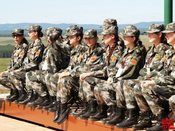 女兵64.jpg